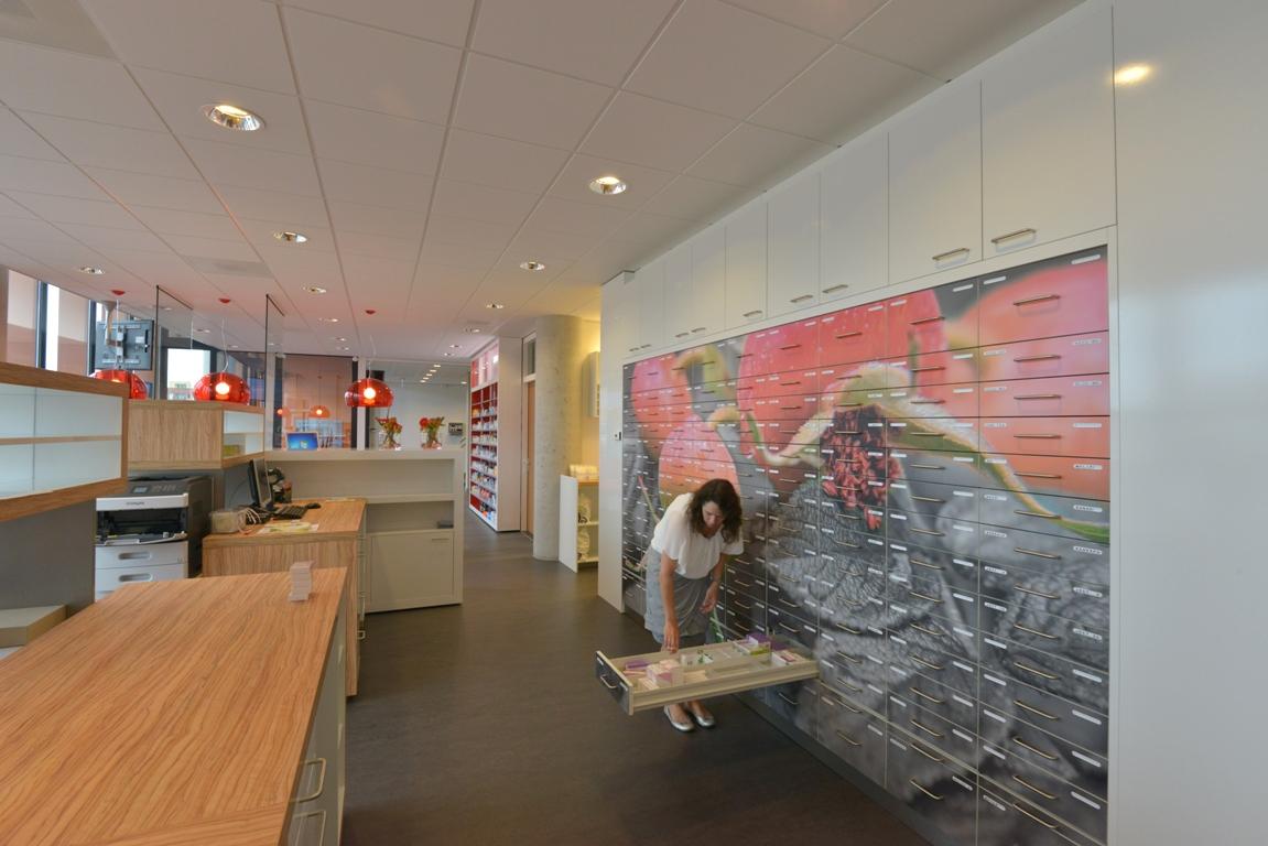 Fotowand Interieur apotheek. fotowandenshop.nl